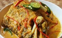 ikan woku - makanan khas Manado