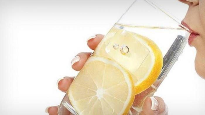 Manfaat Air lemon bagi kesehatan