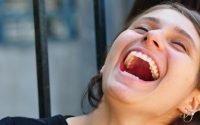 Rasakan Manfaat Tertawa Bagi Kesehatan