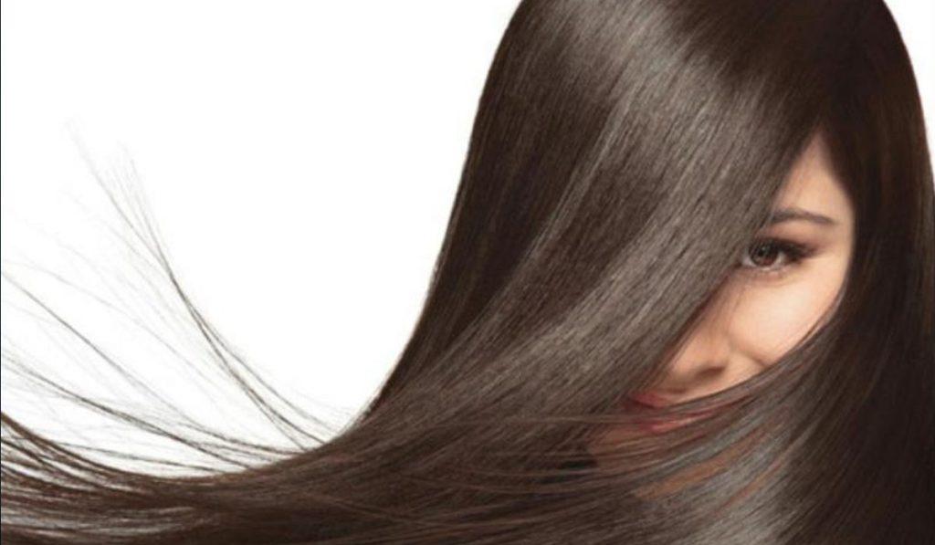 Rambut merupakan mahkota bagi seorang wanita, setiap wanita pasti ingin memiliki rambut yang halus dan lembut. Rambut kasar dan tidak beraturan bisa membuat wanita mengalami bad hair day. Untuk itu ketahui tips agar rambut halus dan lembut.