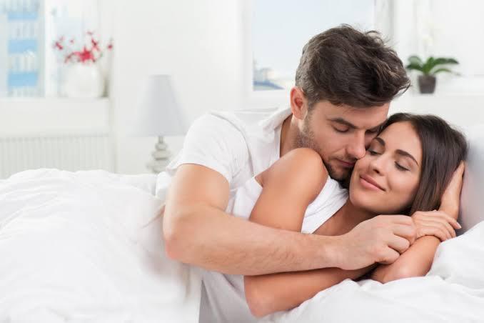 membangunkan pasangan tanpa buat jengkel