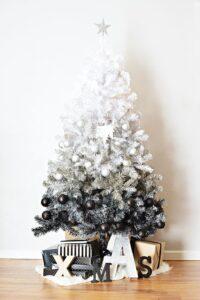 ide dekorasi pohon natal