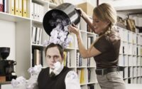 Yuk Kenali 4 Tindakan Manipulatif dari Seseorang