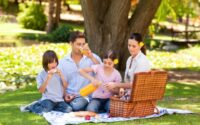 makanan piknik keluarga
