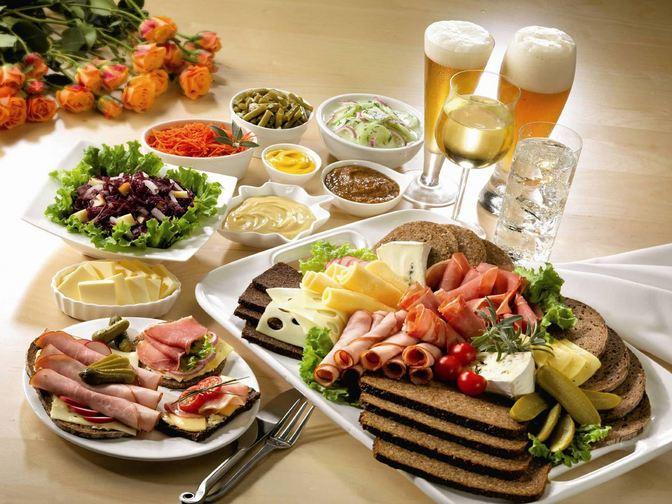 makanan kontinental untuk makan malam
