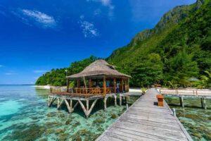 villa terapung di indonesia