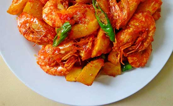 udang kentang balado Padang